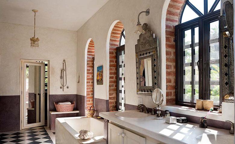 Casa Encanto — Bathroom