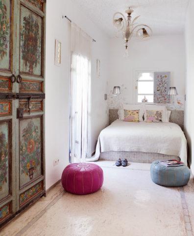 P'tit Habibi — White Room
