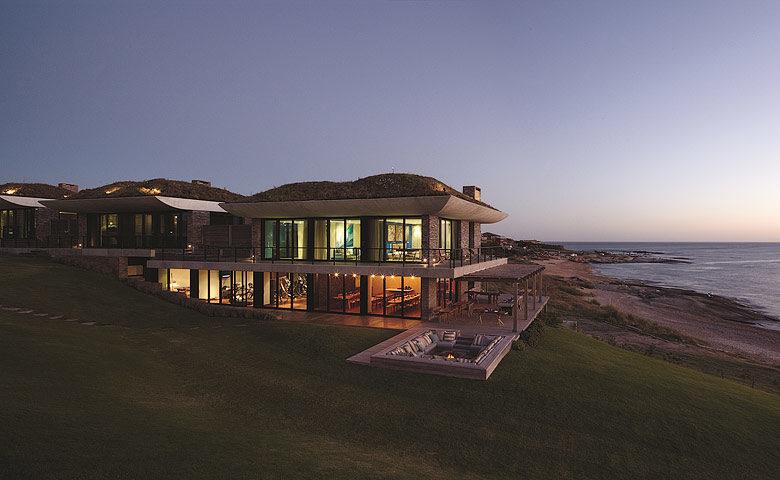 Playa Vik — Casas exterior