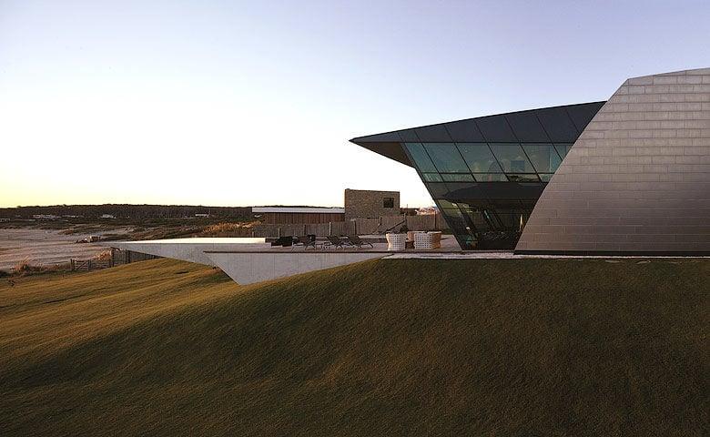 Playa Vik — 'Sculpture' building