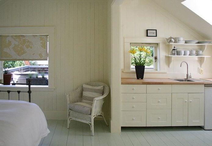 Bloom Organic B&B — Pond Suite