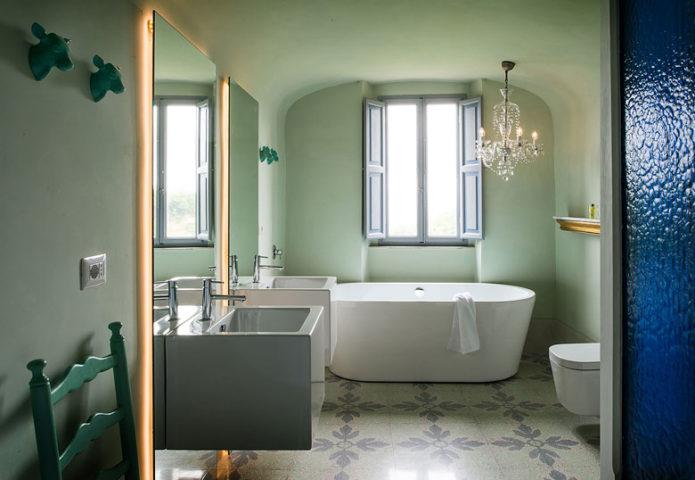 Mazzini 31 — Bathroom