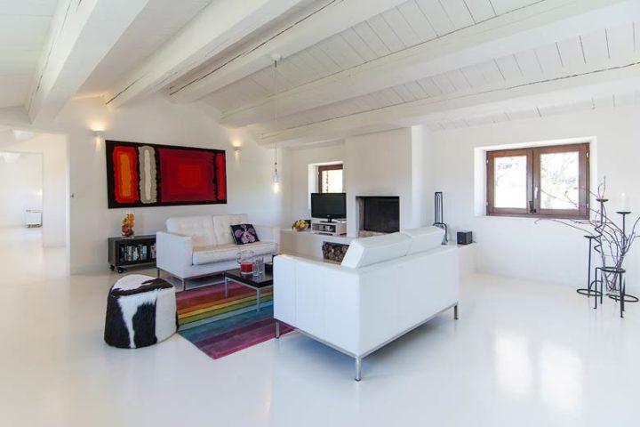 Borgo Tranquillo — Villa living area