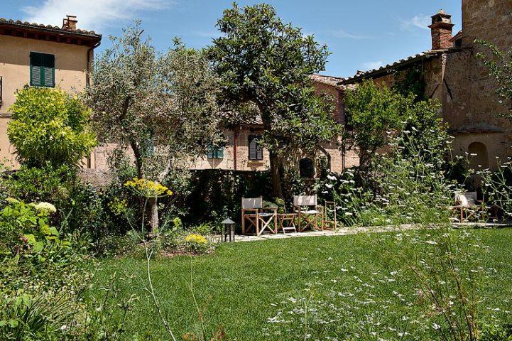 La Bandita Townhouse — La Bandita garden