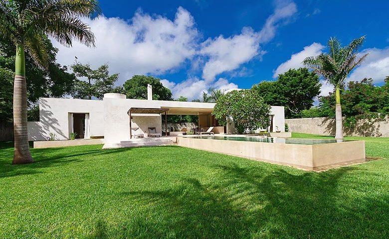 Casa Sisal — Casa Sisal and pool