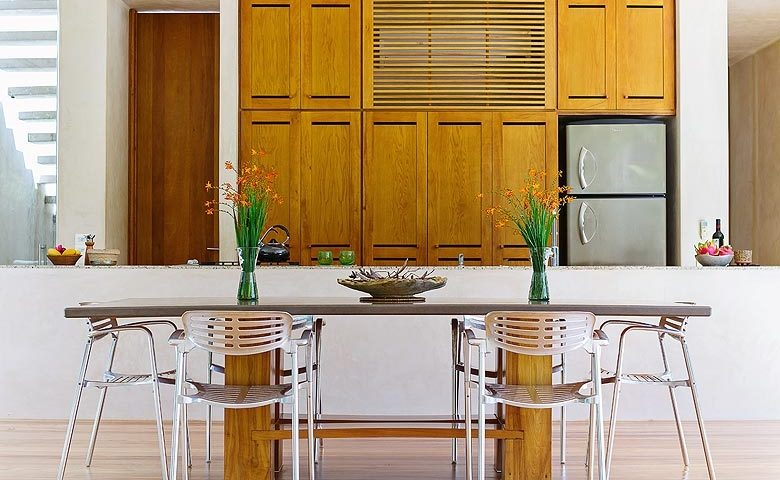 Casa Sisal — Kitchen and dining area