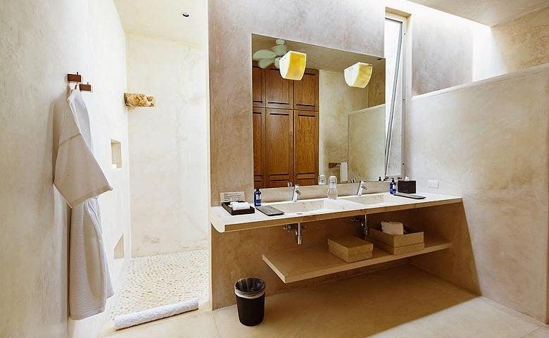 Casa Sisal — Master bathroom