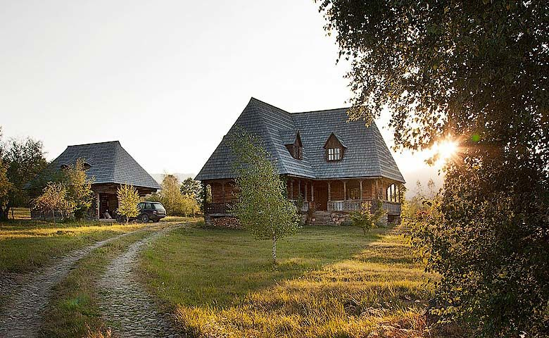 Maris Lodge — Maris Lodge exterior