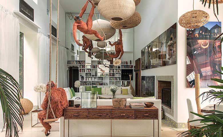 Artist Villa — Living area