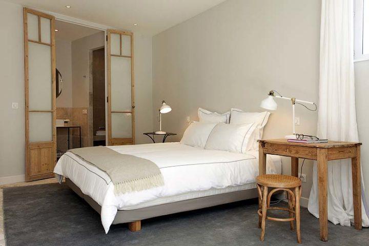Villa d'Antibes — Bedroom