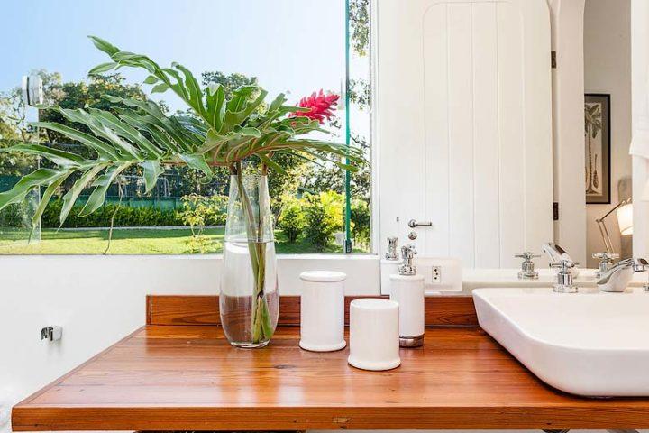 Vila Santa Teresa — Premier Suite bathroom