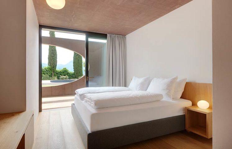 Villa Kaltern Piccola — Downstairs bedroom