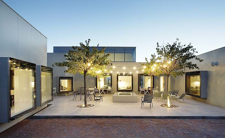 Hotel Aire de Bardenas — Courtyard