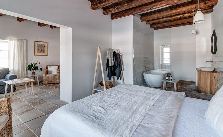 Mezi Plutky — The Guest bedroom