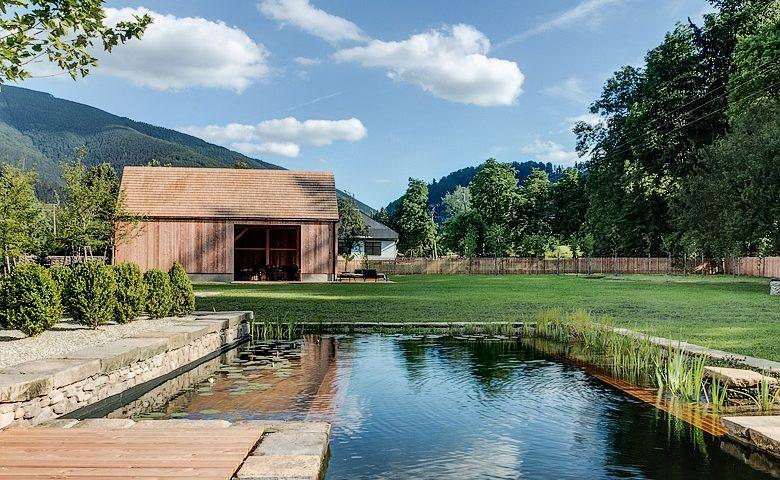 Mezi Plutky — Mezi Plutky garden & swimming pool