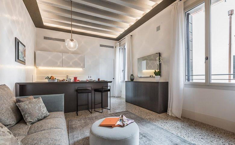 Palazzo Morosini — Rafano lounge and kitchen