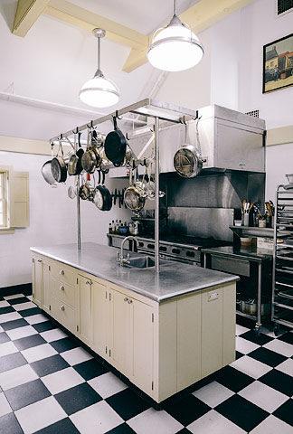 The Dutchess — Kitchen