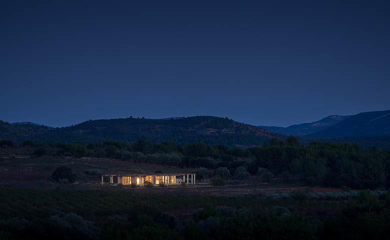 SpronkenHouse — Both villas from afar