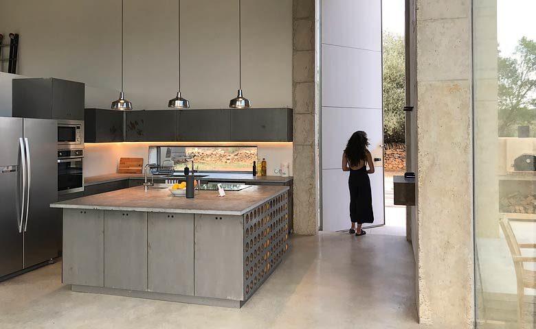 SpronkenHouse — SpronkenHouse - Villa 1 kitchen